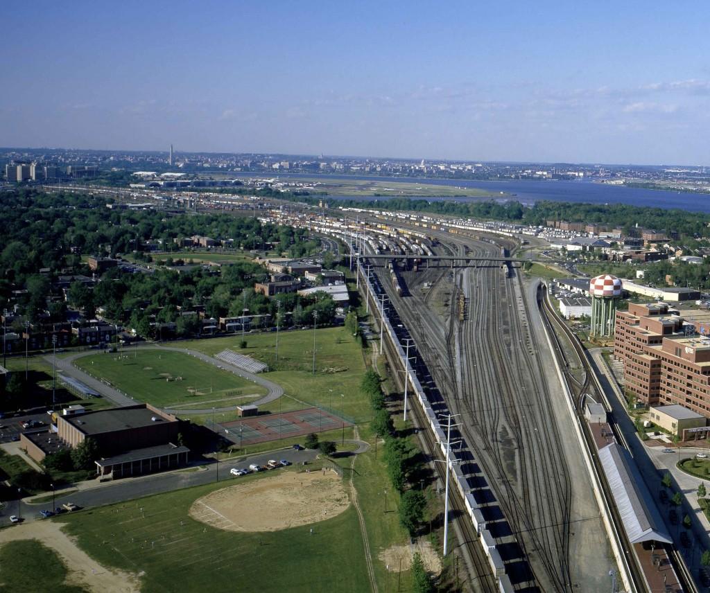 Potomac_Yard_aerial_1980s_Web